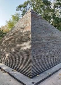 Giza Pyramid, New Delhi