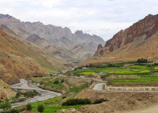 Leh Ladakh Travel Guide 2020 :Lets Get Lost In Landscapes 6