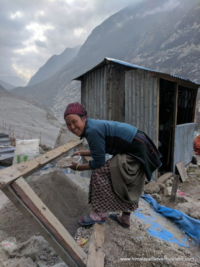 Rebuilding in Langtang
