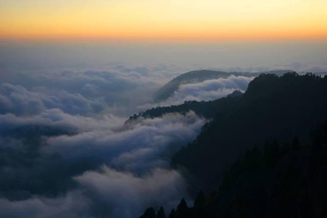Nainital_clouds