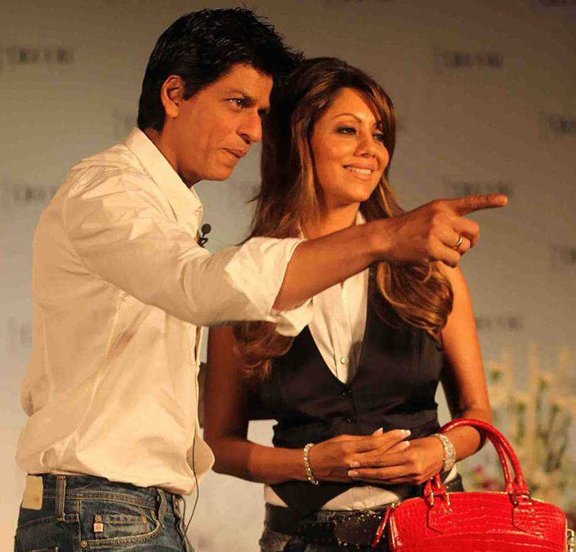 """Shahrukh Khan along with his wife Gauri at a promotional event at Taj Landend, Bandra on Thursday."" *** Local Caption *** ""Shahrukh Khan along with his wife Gauri at a promotional event at Taj Landend, Bandra on Thursday. Express Photo by Prakash Yeram, Mumbai, 26/08/2010"""