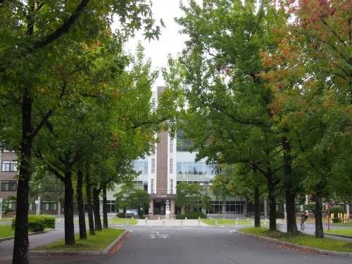岡山大学 図書館