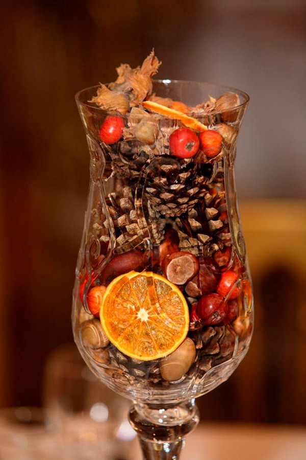 fall wedding centerpieces cone acorn small apples glass