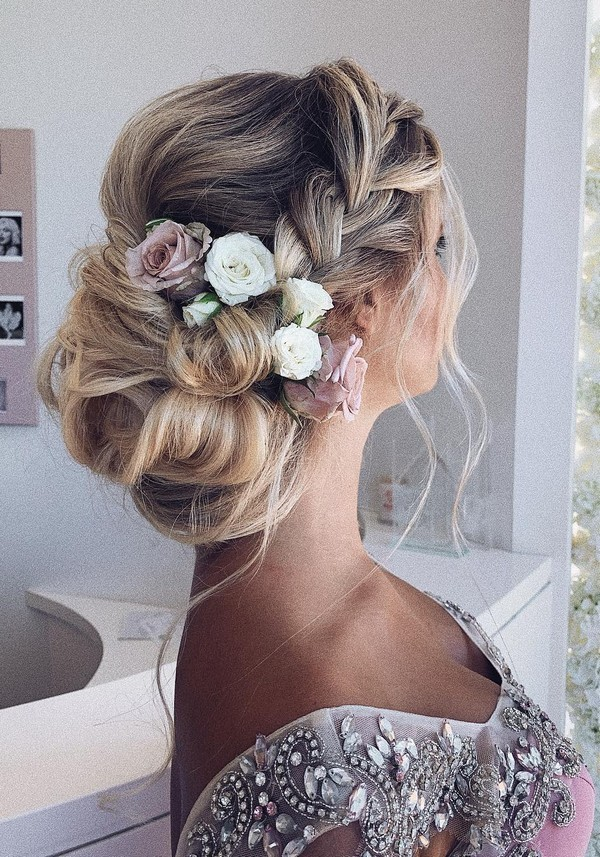 Messy updo wedding hairstyles for long hairulyana.aster 1