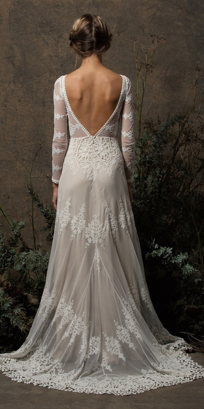 Long Sleeves and Open Back Backless Wedding Gown2