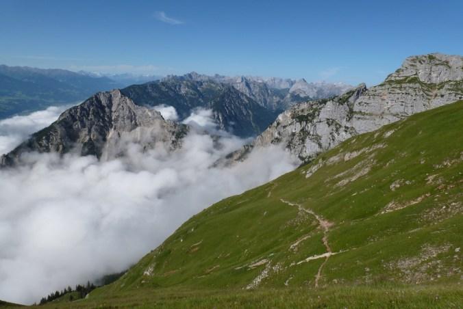 Blick auf Ebner Joch und Karwendel