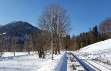 Bahnhof im Winter