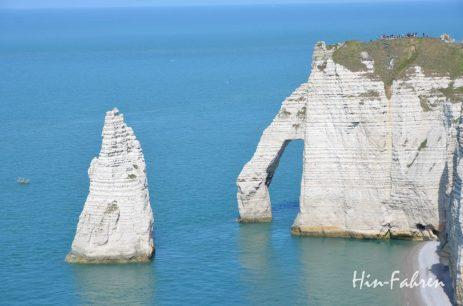 Etretat Steilküste mit dem Felsentor Porte d'Aval