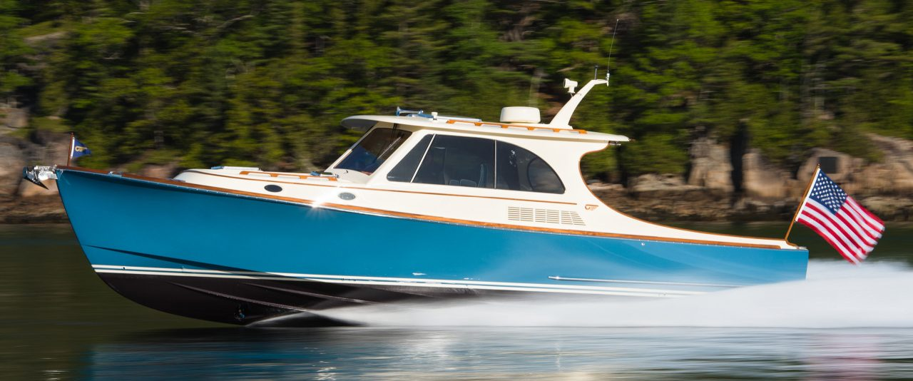 PICNIC BOAT 40 Hinckley Yachts