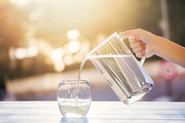 क्या डेली गर्म पानी पीने से बॉडी को नुकसान पहुँचता हैं?