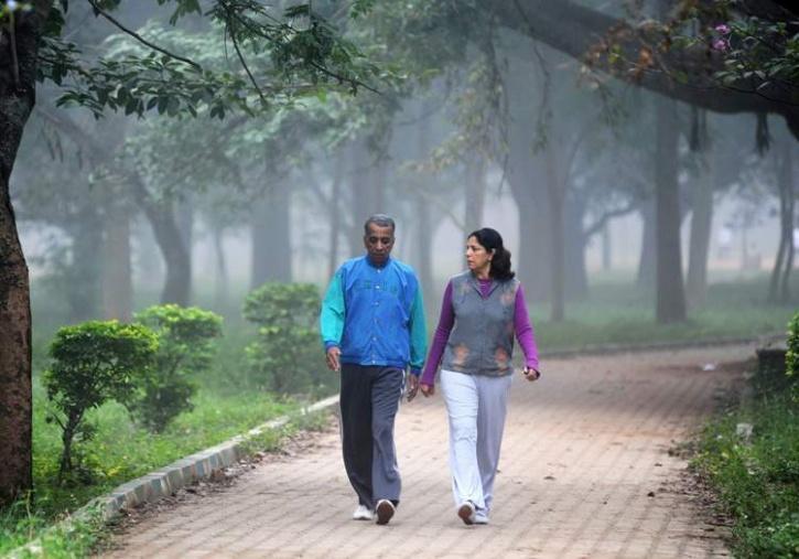 रोज पैदल चलने के क्या-क्या स्वास्थ्य लाभ हैं?