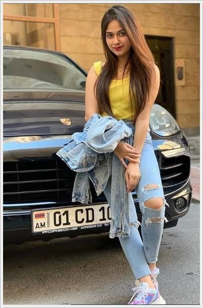 jannat zubair beautiful pics