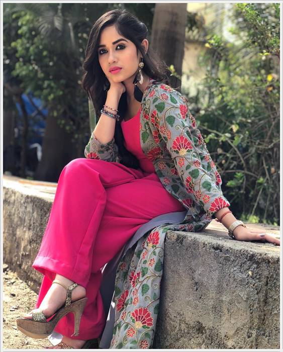 jannat zubair awesome pic photo