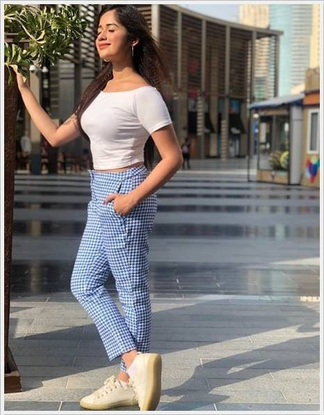 beautiful jannat zubair images