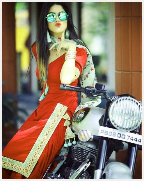 Attitude Girl Dp Images For Whatsapp (48)