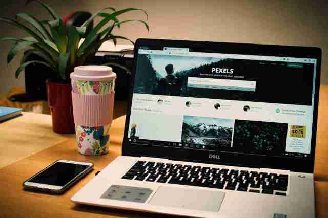 How to Download free hd stock images