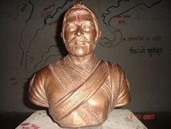 Chhatrapati Sambhaji Maharaj statue at Purandar Fort