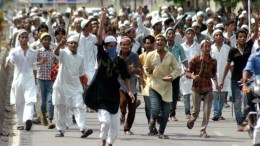 Muslim presence and growth in UP Demographic Assault Meerut Attack Mob Lynch 26/11 Hindus Assaulted