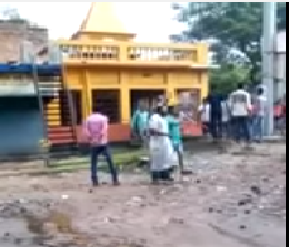 Video: Hindu temple being desecrated & looted by mob at Dandirhat, Aamtala during #BasirhatRiot