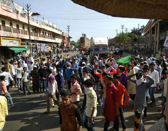 Islamist Mob Rampages Through Burhanpur, MP After Friday Prayers to Protest Kathua