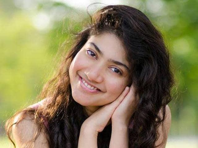sai pallavi wants to revise her medicine knowledge