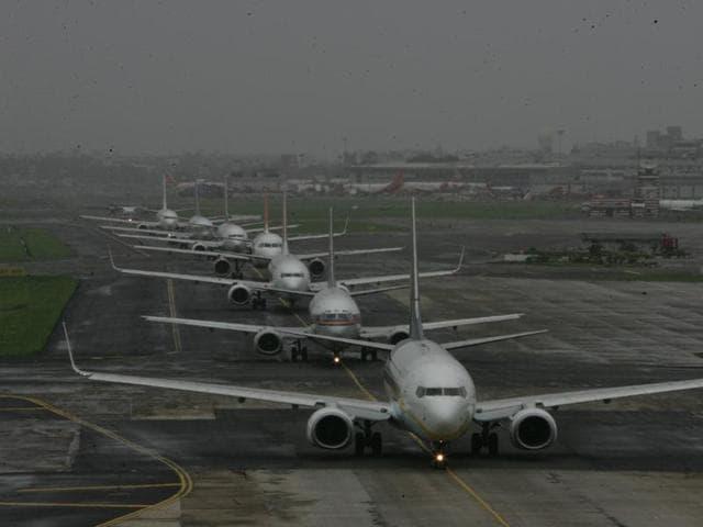 6 Size International 12s Haf Flight