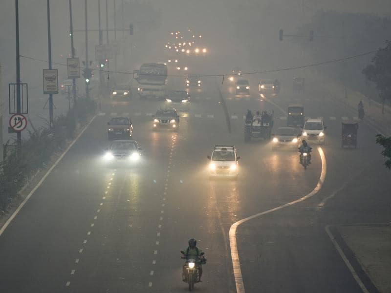 Image result for Smog envelops New Delhi