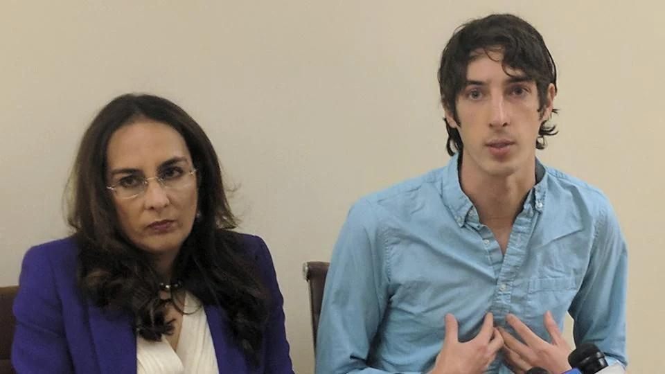 Hasil gambar untuk Ex-Google engineer fired over gender memo sues for discrimination