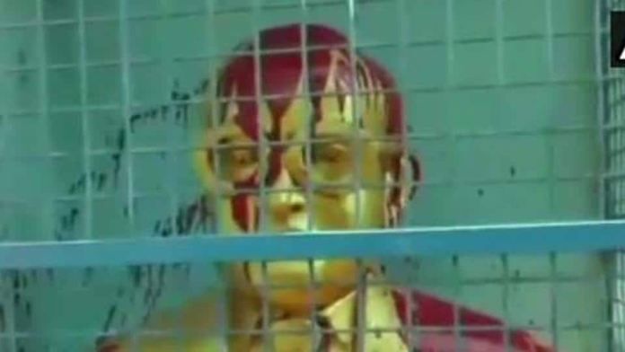 Unidentified miscreants poured paint on the bust of Dr BR Ambedkar in Tiruvottiyur, Chennai on Wednesday night.