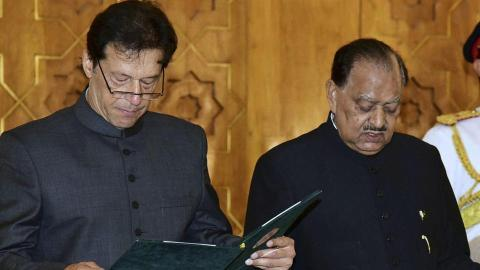 Image score for Imran Khan Being Sworn in Pakistan Prime Minister