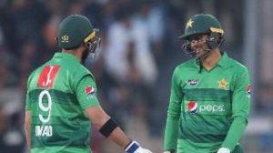 Pakistan vs Bangladesh: Shoaib Malik powers hosts to 5-wicket win in Lahore T20I