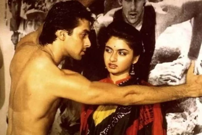 Bhagyashree made her Bollywood debut opposite Salman Khan in Maine Pyaar Kiya.
