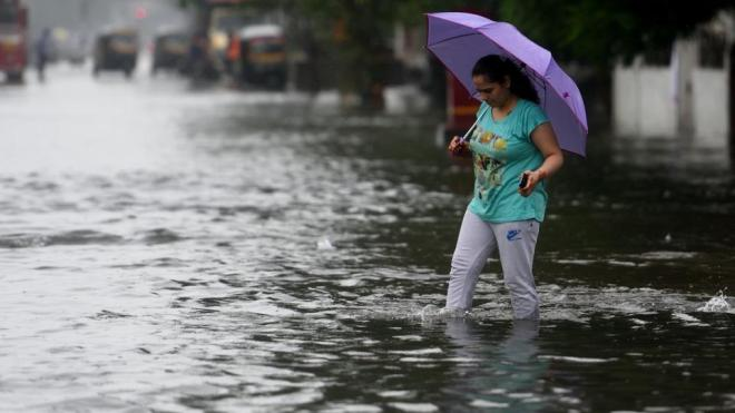 The weather agency further said that interior Maharashtra has received fairly widespread rainfall with mostly moderate rainfall.