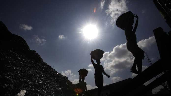 Govt eases norms for thermal power crops, allows coal to be sourced, moved without fresh approvals