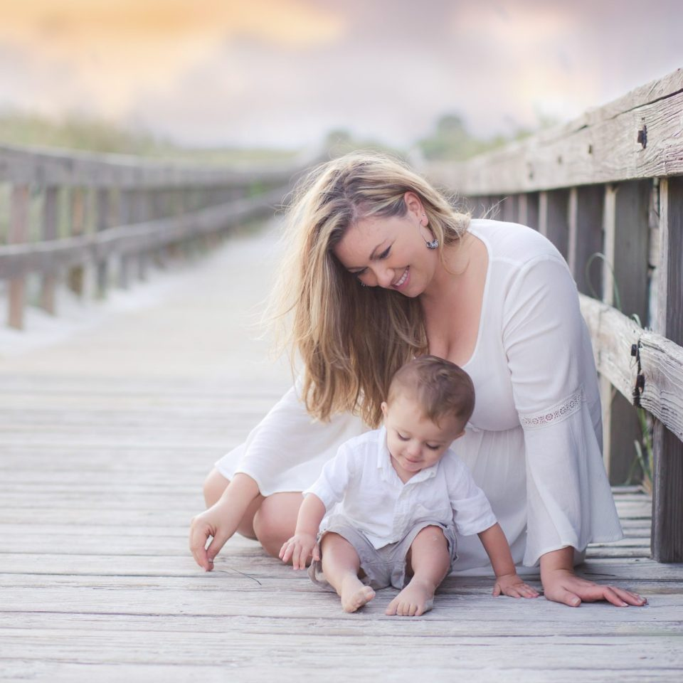 Daytona Beach Photographer mom and me session at ponce inlet point park