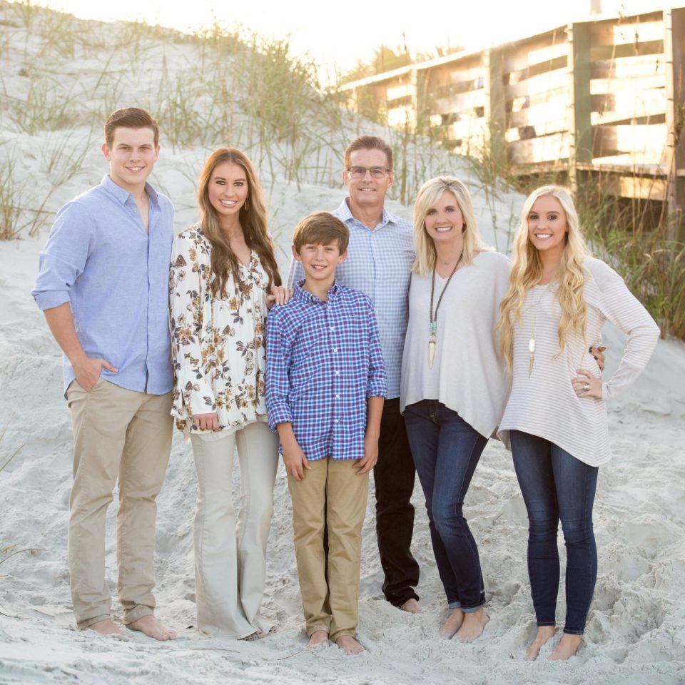 new smyrna beach family photographer, photographers in daytona beach, family portrait photographer new smyrna beach, new smyrna photographer, edgewater photographer