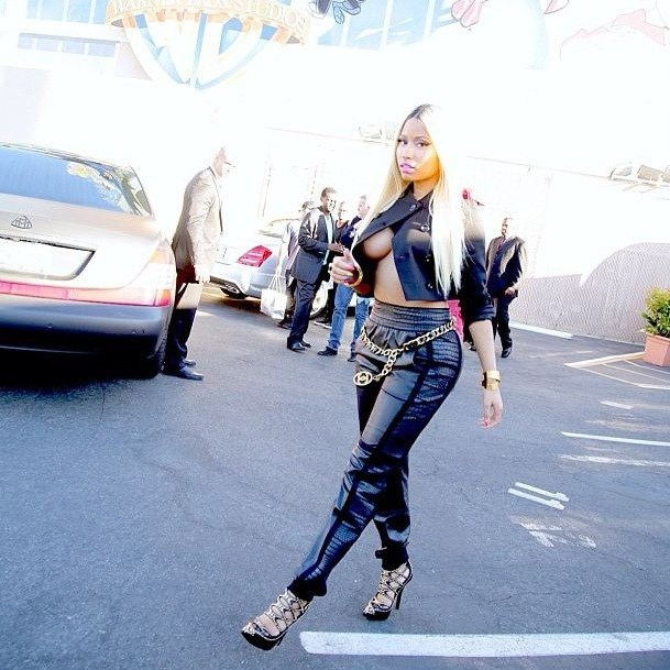 Nicki Minaj topless 3