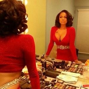 Erica Mena cleavage 1