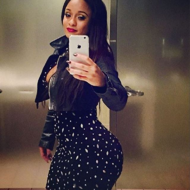 Too Hot For TV: Tahiry Jose displays massive booty in ... Tahiry Instagram