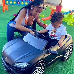 Jayda becomes the number one trending topic, after her Instagram posts go viral. Her baby daddy, Lil Baby, bought her several Birkin bags, in different colors. Assuming she has taken him back, fans put Jayda on blast for getting back with the rapper, after he cheated on her.