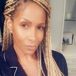 Real Housewives of Atlanta star Sheree Whitfield living room selfie. Image taken from her Instagram account, posted to Hip-HopVibe.com on May 4, 2020.