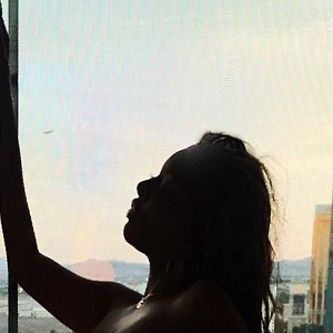 Glamazontay, popular YouTuber, takes over Instagram, sharing nude hotel photo. Her legion of fans flooded her IG comments to tell her how dope her body is.
