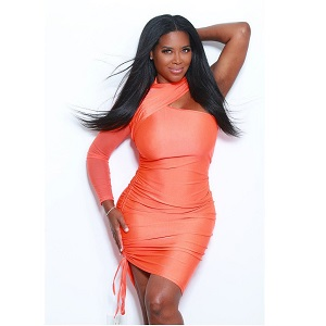 Kenya Moore shared some personal info, on Instagram, this afternoon. The #RHOA star revealed quarantine has happened to her, in a major way. Since the quarantine began, Kenya Moore says she has gained 25 pounds, going up to 183 pounds.