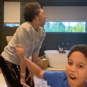 Tia Mowry, and her son, Cree, were having a bonding moment. The two were dancing to a mashup song, and having fun. But, when Tia started twerking, Cree did what any son would do, he tried to cover the screen, and begged his mom to stop twerking, for various reasons.