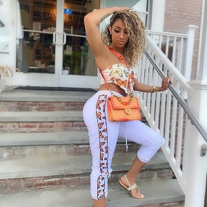 Chelsea Alexandria Drummonds is the CEO of Muscle Hustle Clothing