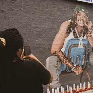 King Von fans create petition to keep his mural up, as Chicago police are trying to remove it, due to his alleged gang ties