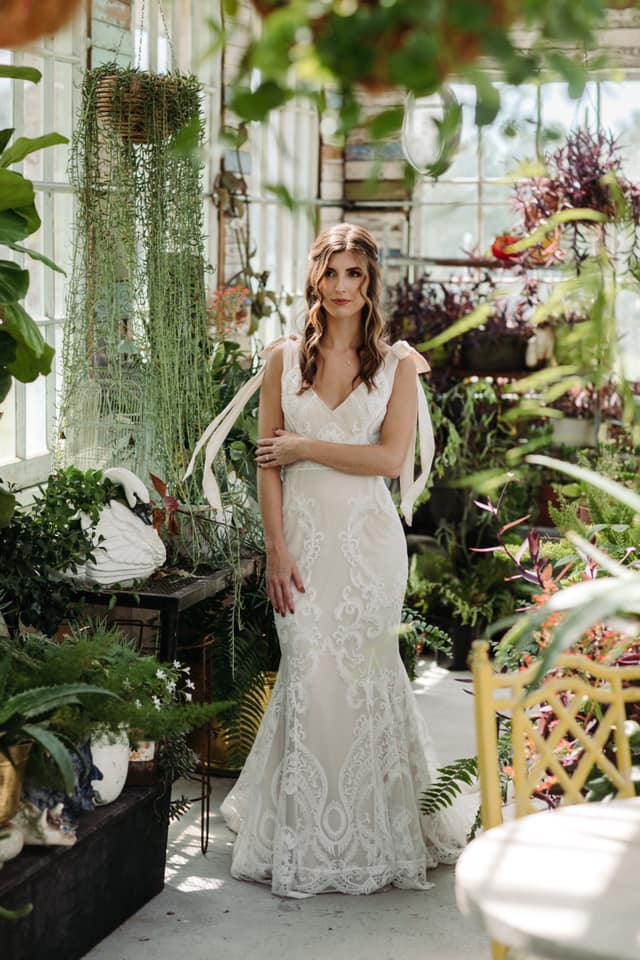 #hipandhitched #Djs #hip #PartyDJ #DJ #WeddingDJ #destinationwedding #fallweddings #farmweddings #hipweddings #hipwedding #onestopshop #Engagement #Bride #BrideAndGroom #WeddingPhotography #WeddingVideography