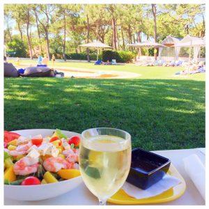 lunch-martinhal-zwembad