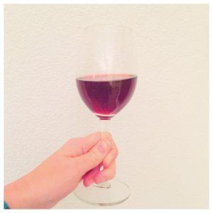 vino-black-and-bianco