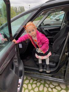 feetje auto roze jas